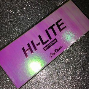 Lime Crime • Hi-Lite Blossoms